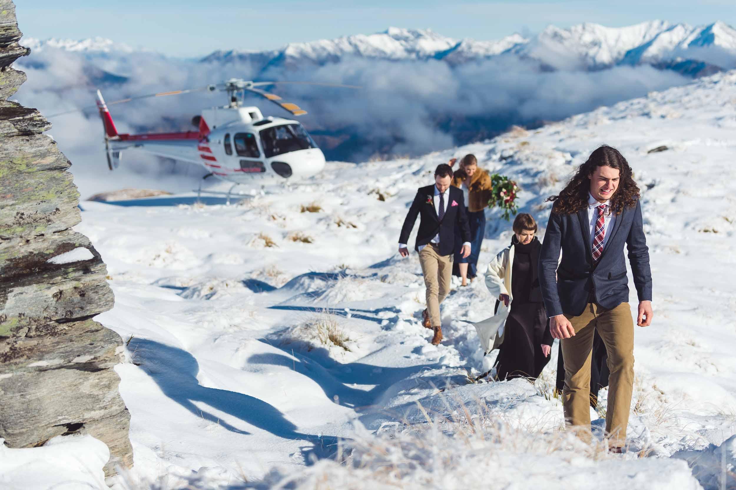 Best Queenstown Wedding Vendors Helitours Queenstown Wedding Vendor Helicopter Snow Landing