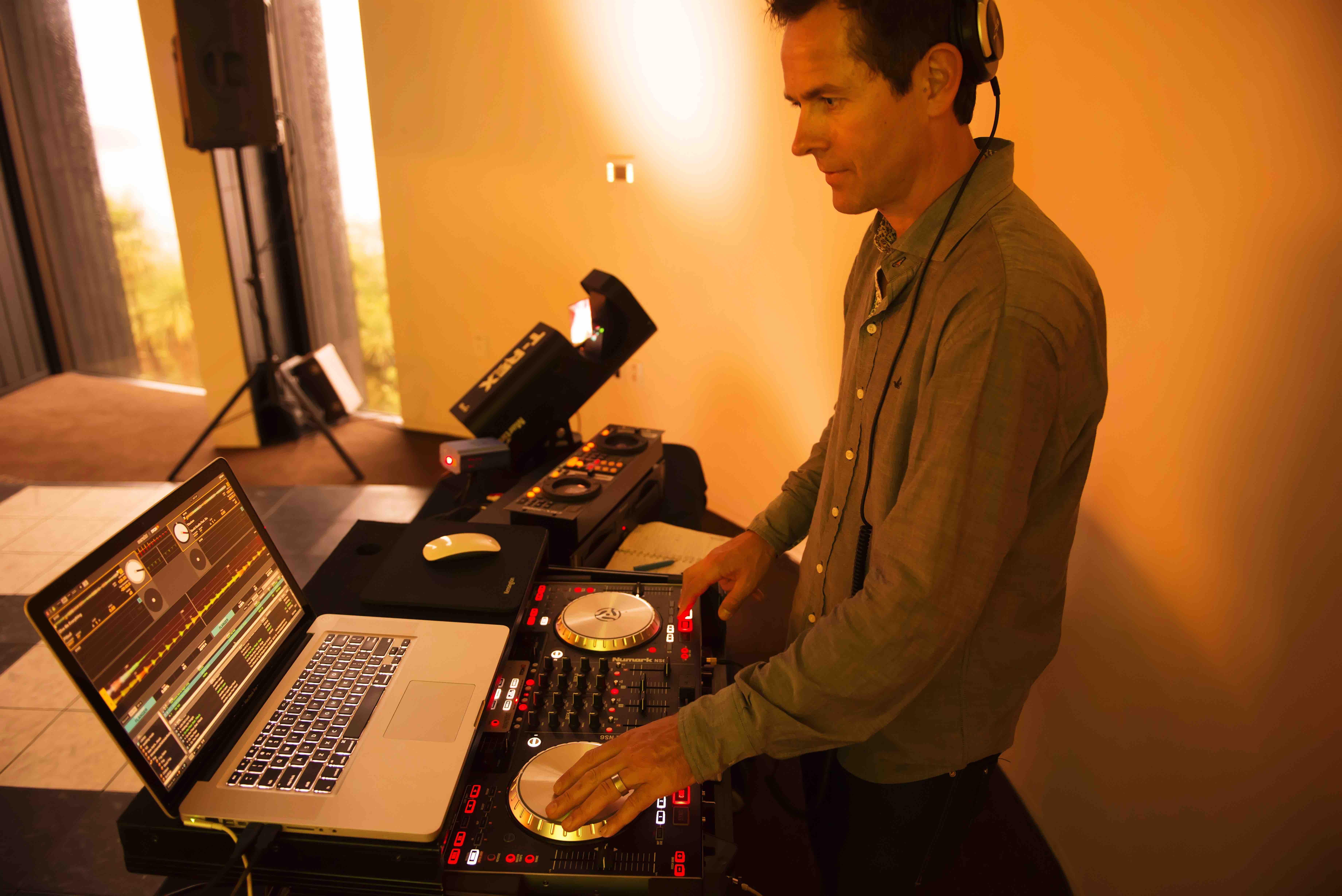 Best Queenstown Wedding Vendors Wedding Vendor Queenstown DJ Jay Moore Queenstown Wedding Vendor musician